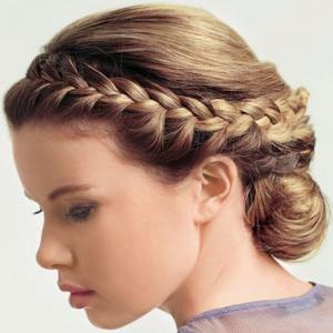 Плетение кос, стрижки-прически