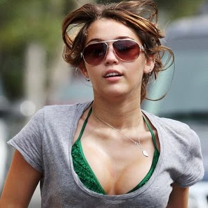 Miley Cyrus is HOT miley cyrus racy pictures